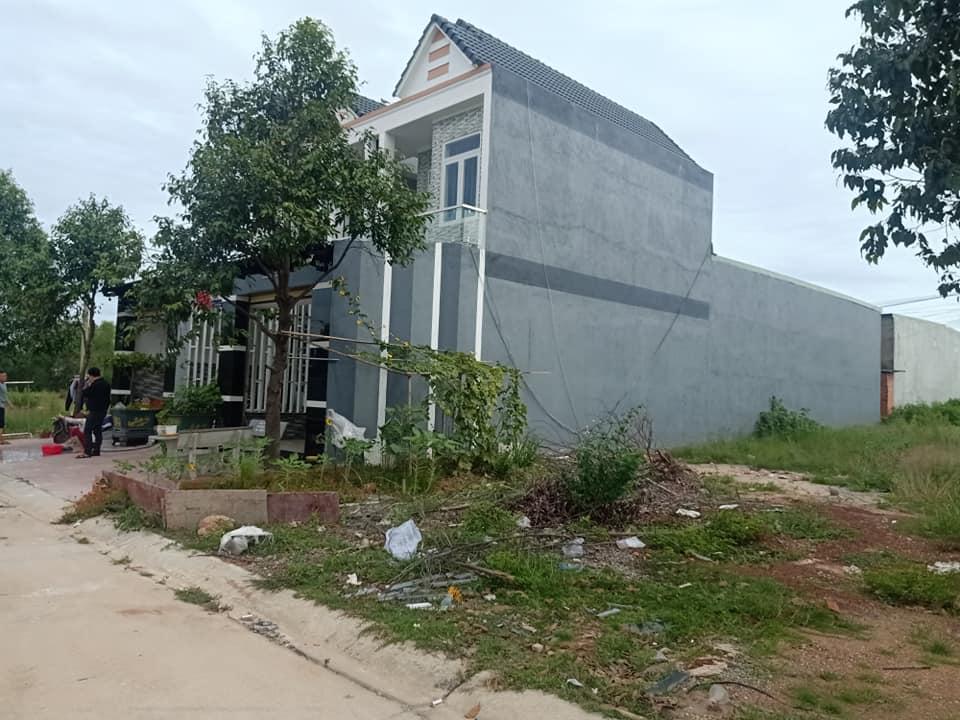 Lô I19 Mỹ Phước 3 tọa lạc trong khu đô thị Mỹ Phước 3, đường thông dài, dân cư đông, tiện xây phòng trọ